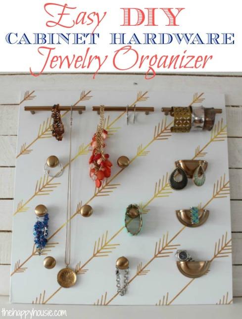 Easy-DIY-Cabinet-Hardware-Jewelry-Organizer-at-thehappyhousie.com_.jpg