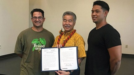 system-hawaii-promise-signing.jpg